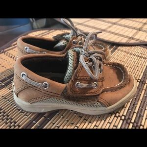 Toddler boy Sperry boat shoes size 6m